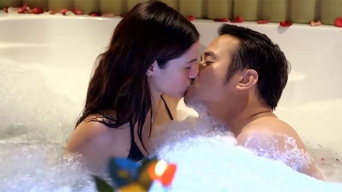 Barbie shoots kissing scene with JM de Guzman in bathtub