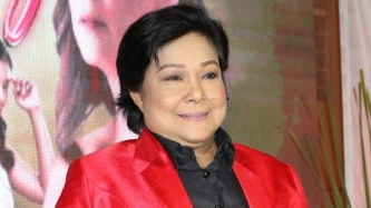 Nora Aunor says her vocal surgery will be done by doctor who operated on Julie Andrews