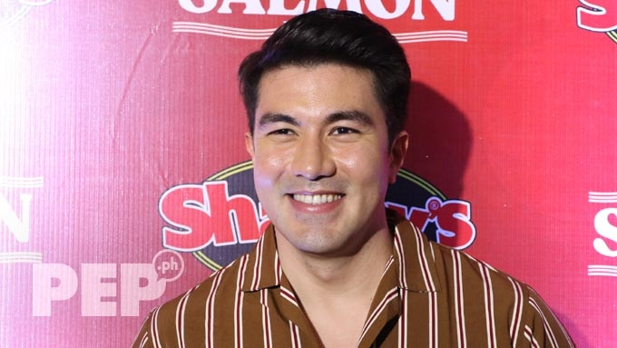 Luis explains why he will not be in ABS-CBN Xmas station ID