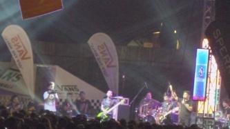 It's Showtime host performs Eat Bulaga theme song at U.P. Fair