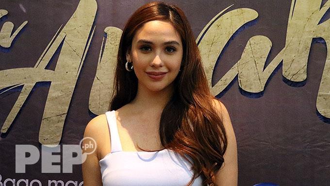 Empress on GMA, ABS-CBN: Hindi naman kailangan ng kontrata