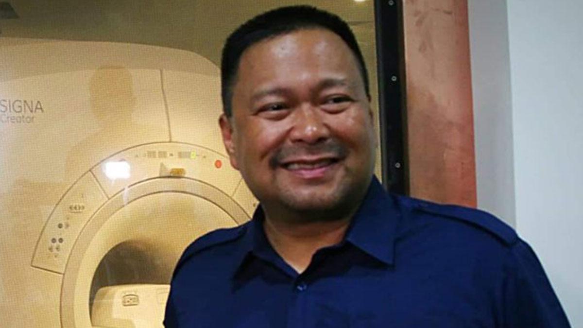 Senator JV Ejercito admits unresolved issue with half-brother Jinggoy Estrada