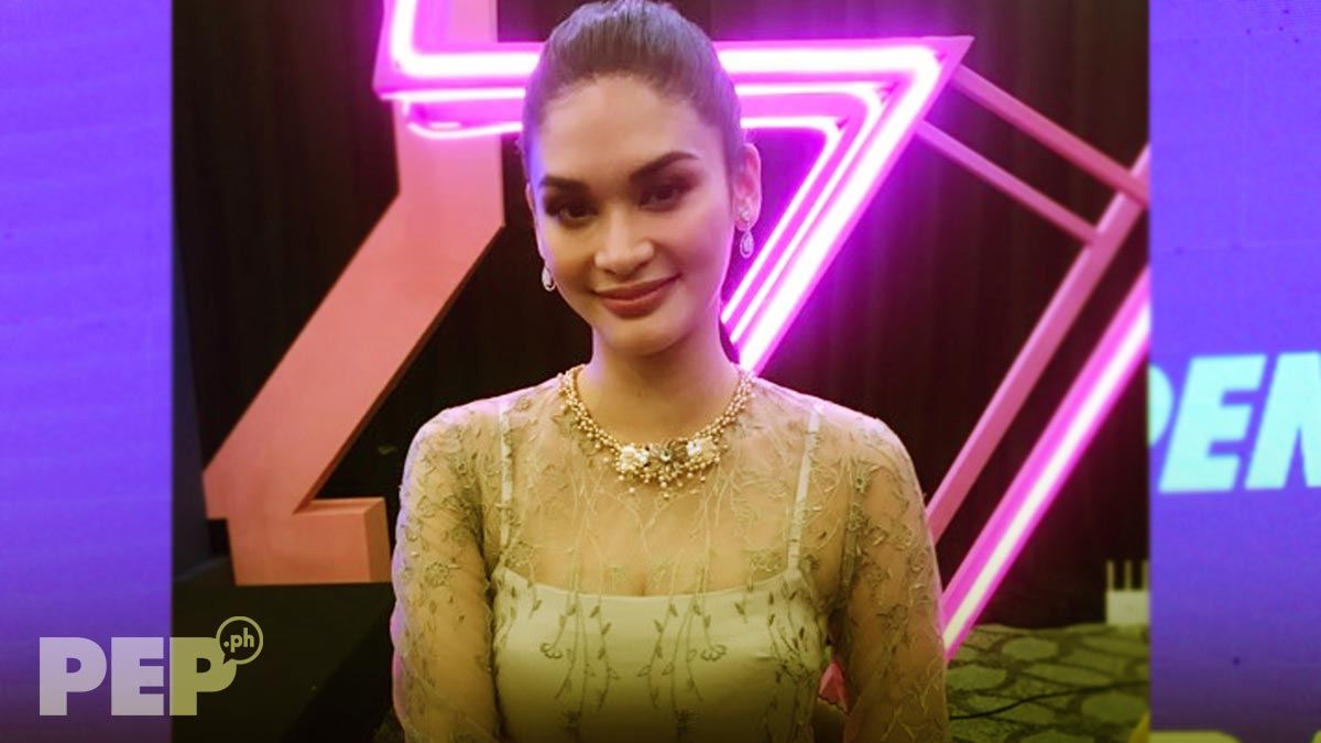 Pia Wurtzbach excited to see own wax figure