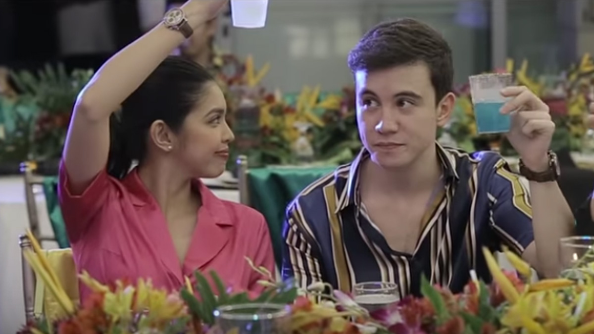 Watch: Maine Mendoza-Arjo Atayde with fans