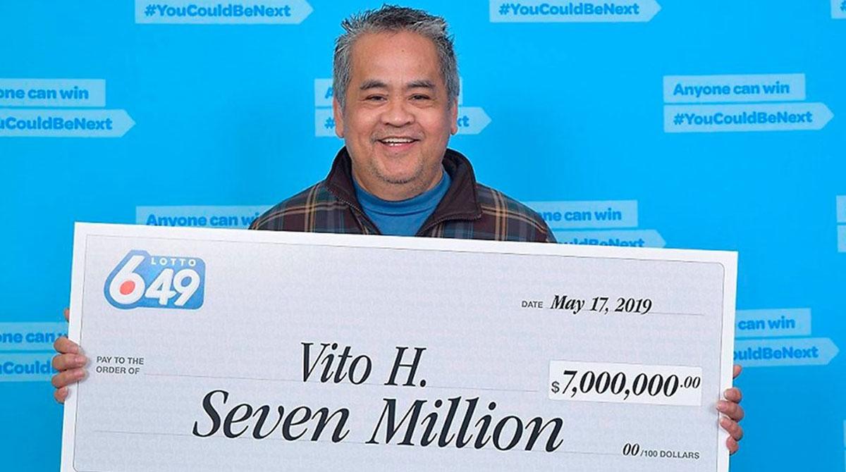 Pinoy janitor na nanalo ng $5M sa lotto hindi magre-resign sa trabaho
