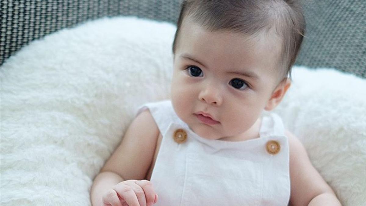Baby Ziggy's new photo captures hearts of ABS-CBN, GMA-7 stars