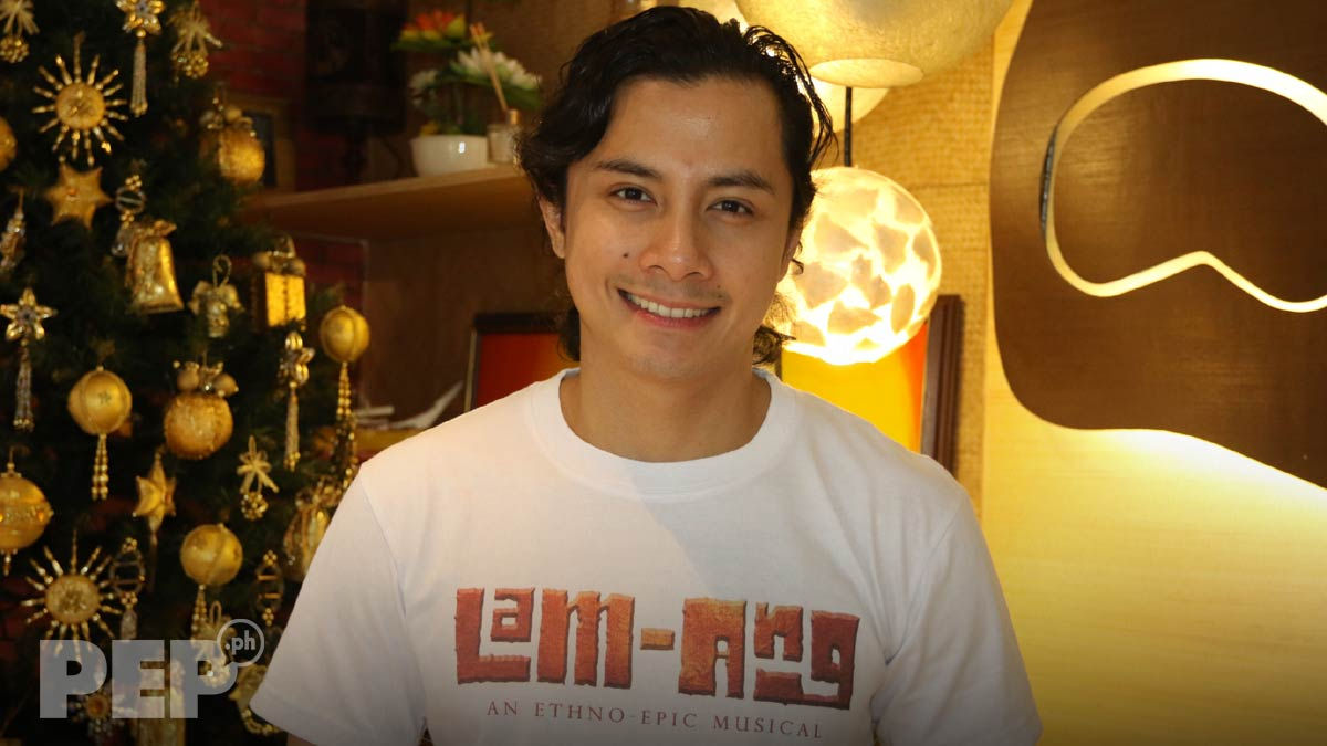 """Ang Naked jc santos on wearing a bahag onstage: """"i'm used to getting"""