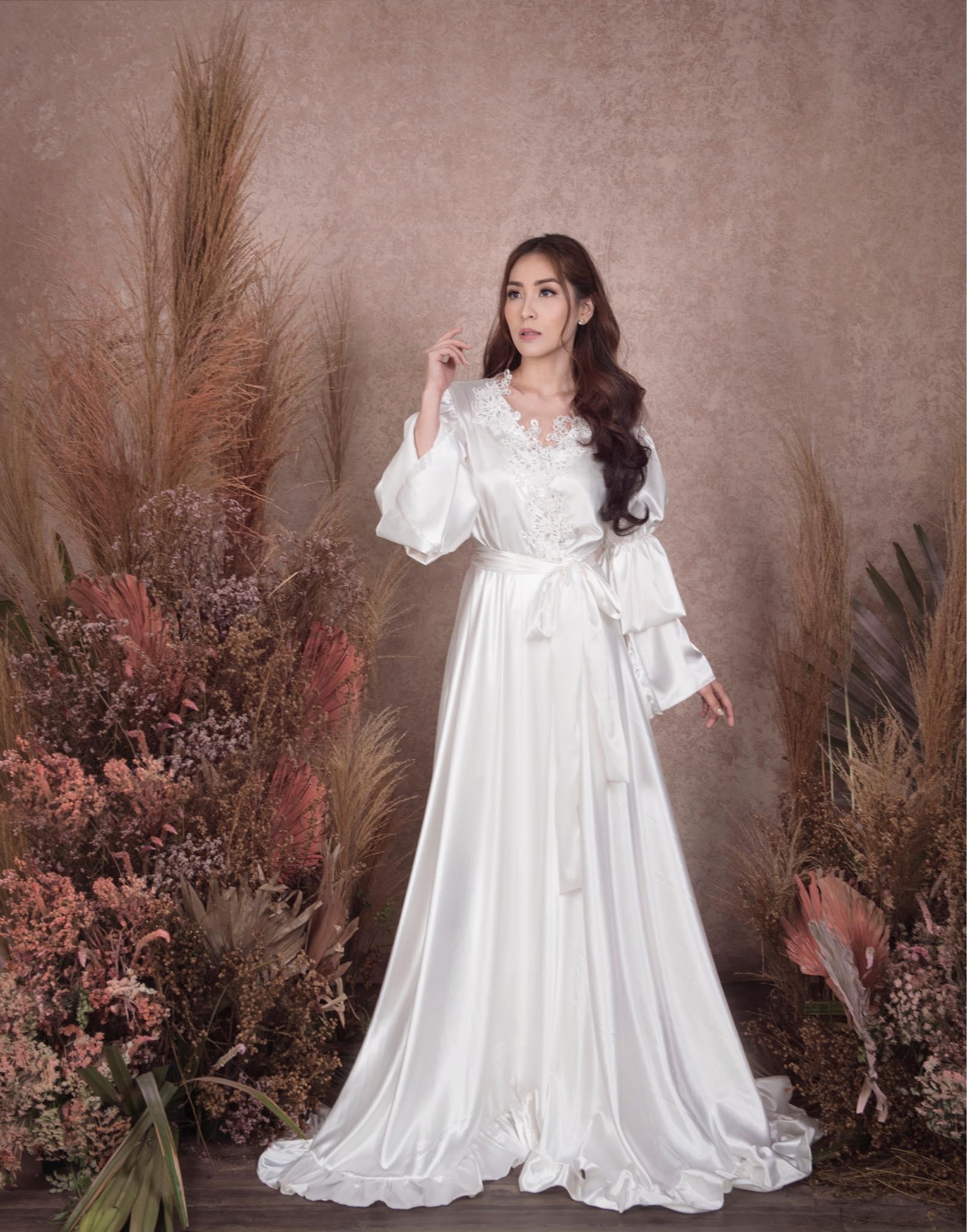La Rosa Bridal Heart Evangelista robe