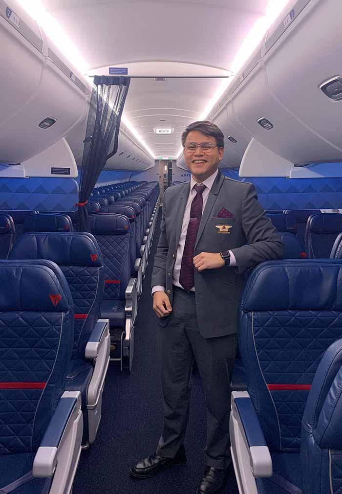 PEP.ph Ordinary Juan Abroad