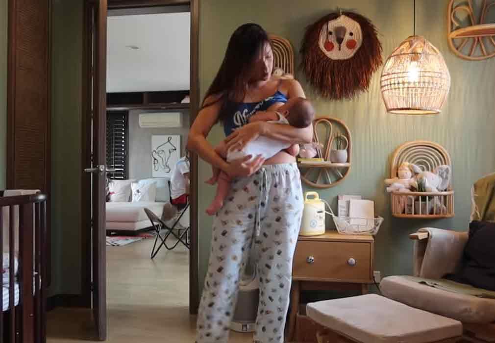 Solenn Heussaff breastfeeding daughter Thylane