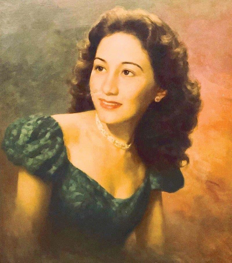 Anita Linda painting