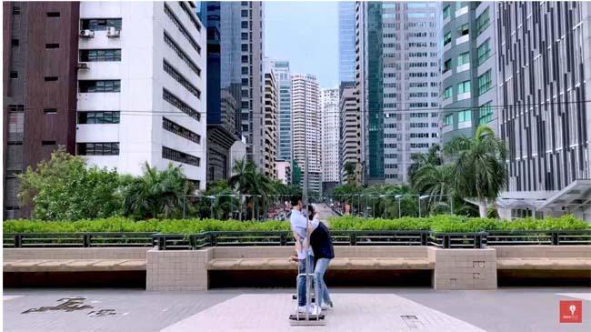 kokoy de santos elijah canlas kissing scene