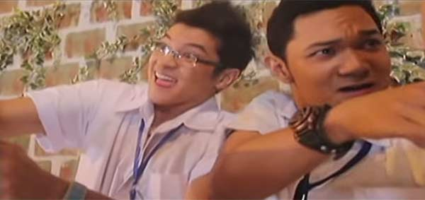 Alfred Labatos (right) with co-star Vanjo Cuenca in Luv U.