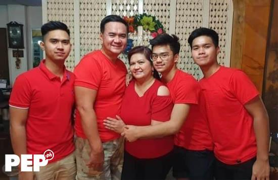 Daniel dela Cruz family