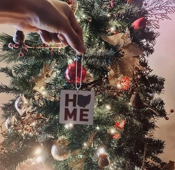 instagram: sam milby posts christmas tree