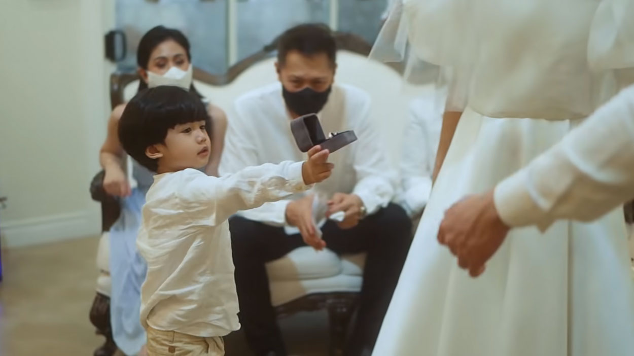 Ring bearer Seve in Alex-Mikee wedding