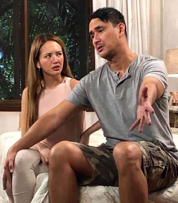 Ellen Adarna with John Estrada in John en Ellen