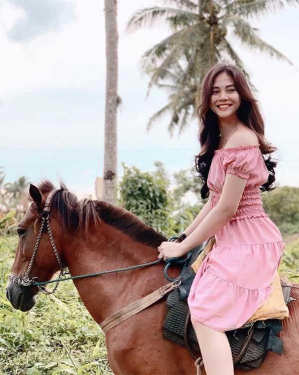 Janella Salvador as Emma Buenaobra in The Killer Bride.