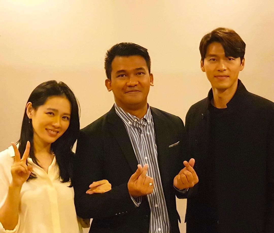 Chris Chan with Crash Landing On You stars Son Ye Jin and Hyun Bin