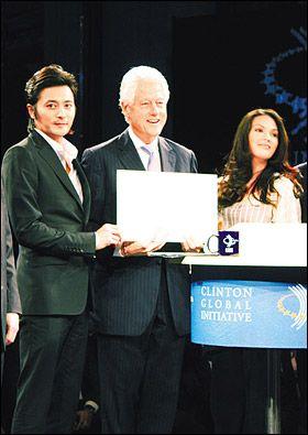Jang Dong Gun, Bill Clinton, KC Concepcion