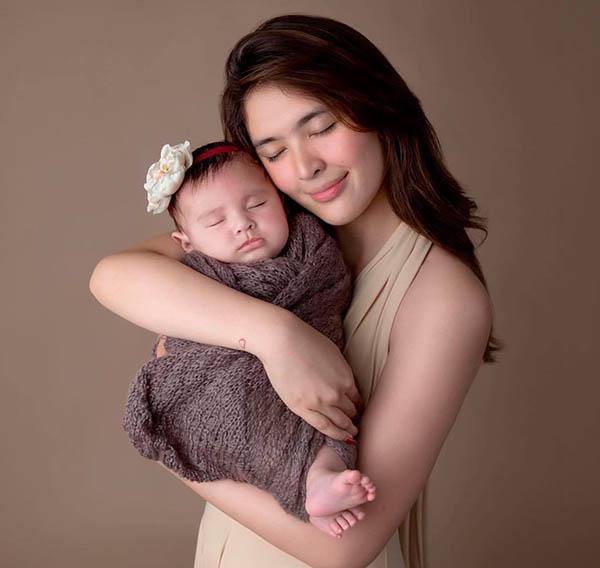 Sofia Andres with baby Zoe