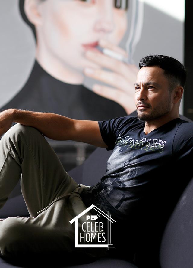 Derek Ramsay poses in his home