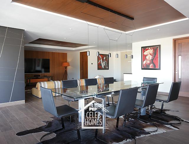 Derek Ramsay House: Top room with ex-gf solenn's painting