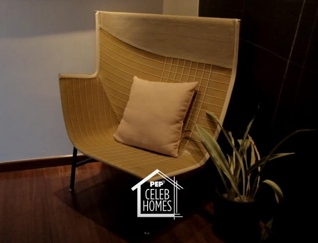 Derek Ramsay House furniture: Paper Planes Armchair by Moroso