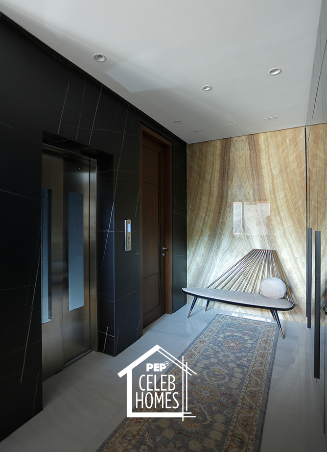 Derek Ramsay House elevator