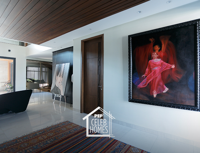Derek Ramsay House furniture and art piece