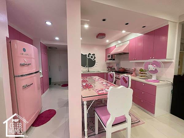Ai Ai Delas Alas pink refrigerator