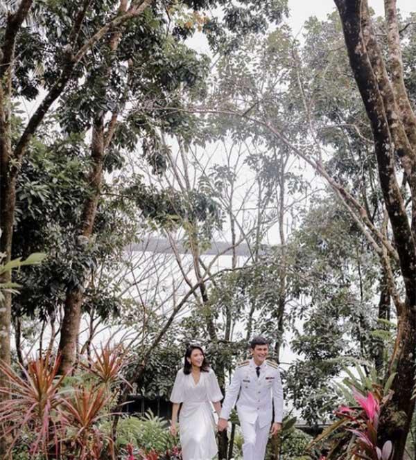 Sarah Geronimo and Matteo Guidicelli post wedding photo