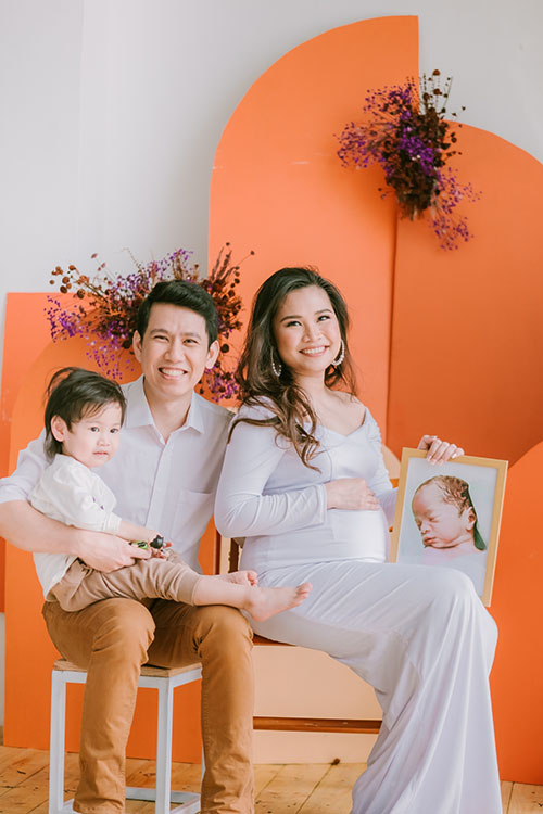 Maan Pantalla-Bautista mom of rainbow baby
