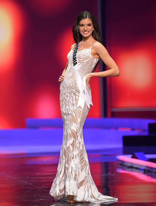 Miss Romania Bianca Tirsin