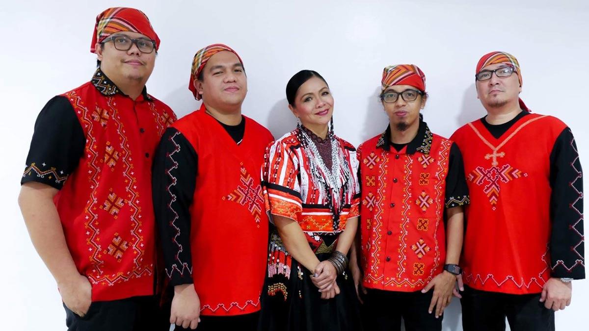 Bayang Barrios at Ang Naliyagan