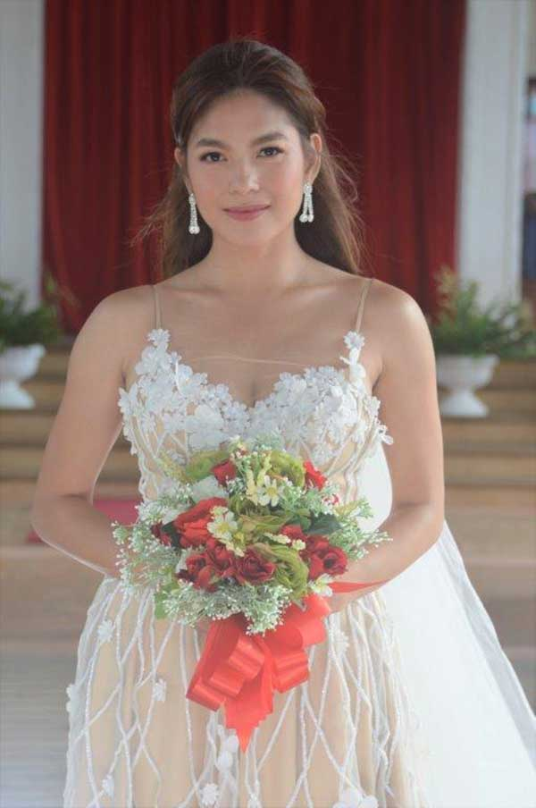 Andrea Torres as Dianne in The Legal Wives