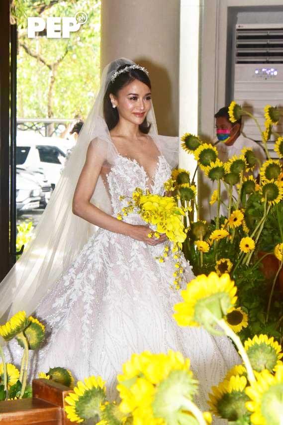 Kris Bernal wedding gown