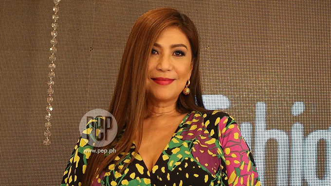 Vivian refuses to support a lead actress like Cristine