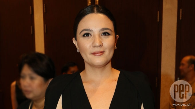 Sunshine Dizon allows estranged husband to enter her house