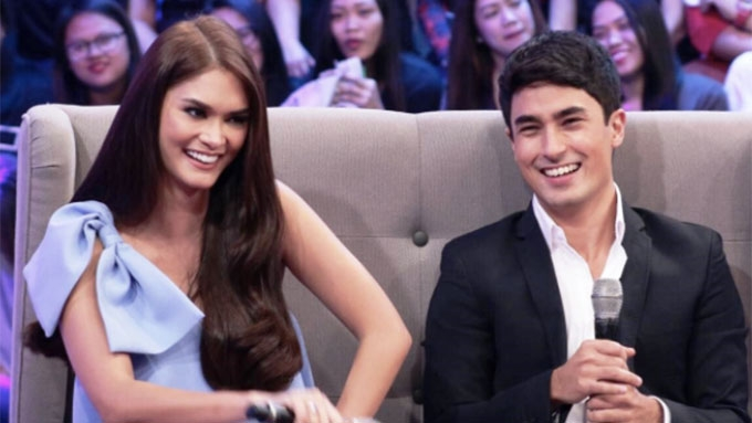 Marlon officially asks Pia to be his GF on TV