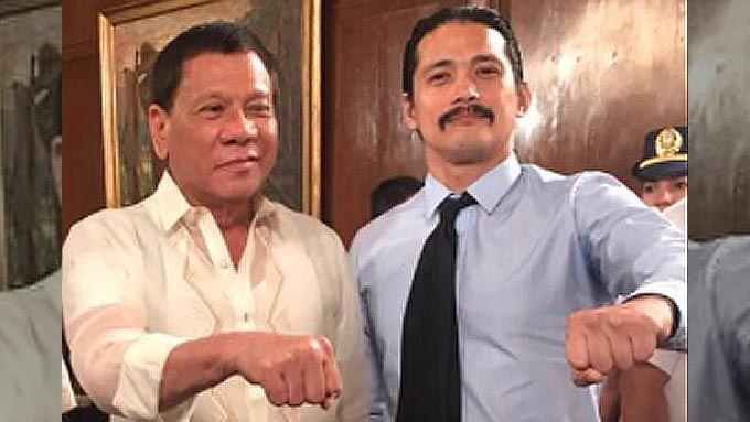 Robin Padilla donates P5M for Marawi children
