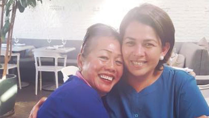 Lotlot de Leon reunites with biological mom after 26 years
