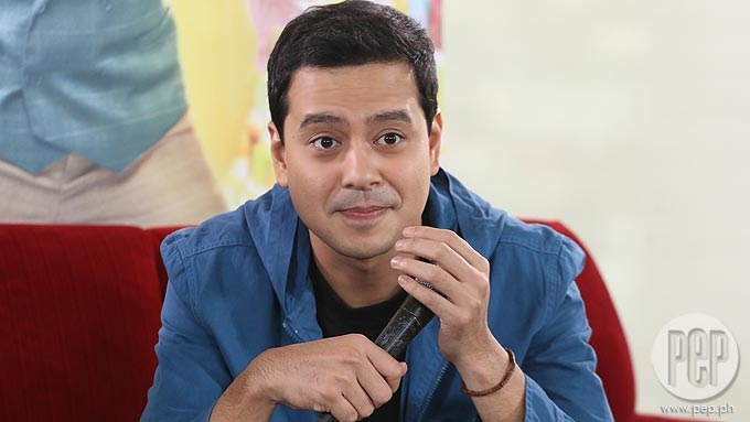 John Lloyd Cruz breaks silence over viral videos