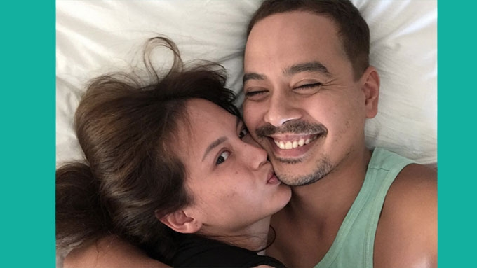 John Lloyd Cruz posts kissing photo with Ellen Adarna