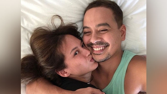 Ellen Adarna is pregnant, John Lloyd Cruz is the father