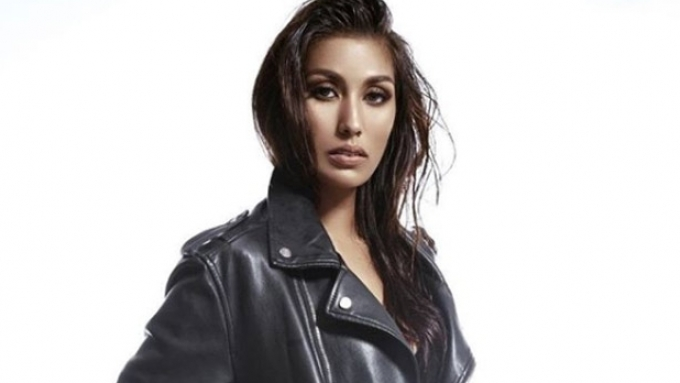 Rachel Peters calls out uploader of her evening gown