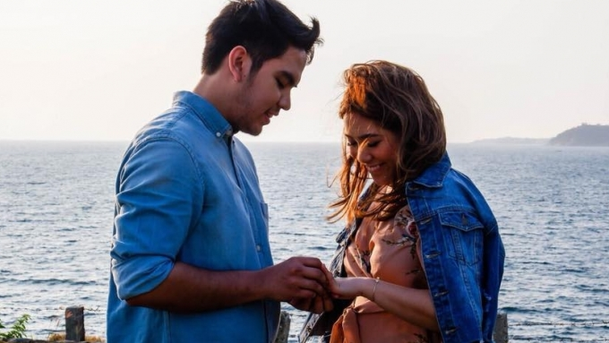 Moira dela Torre is engaged to Jason Marvin Hernandez