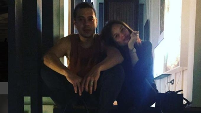 John Lloyd Cruz, Ellen Adarna get back at paparazzi