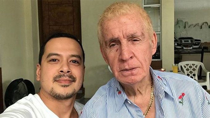 John Lloyd posts photo with