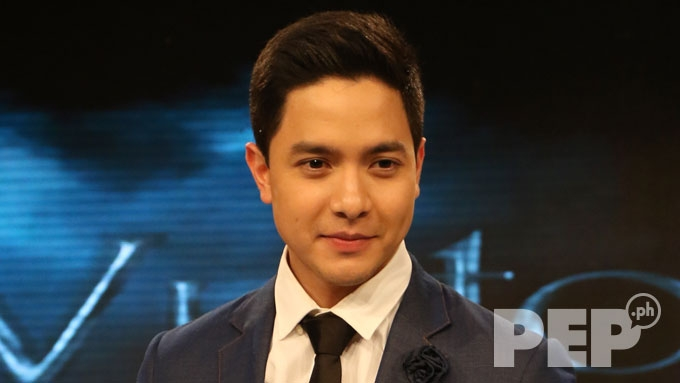Alden Richards pleads to bashers of co-stars Janine, Andrea